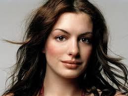 Biografía de la actriz Anne Hathaway