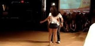 Como se baila la bachata