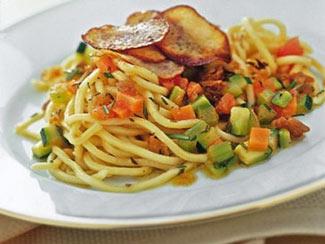 pasta salteada con vegetales