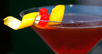 coctel manhattan
